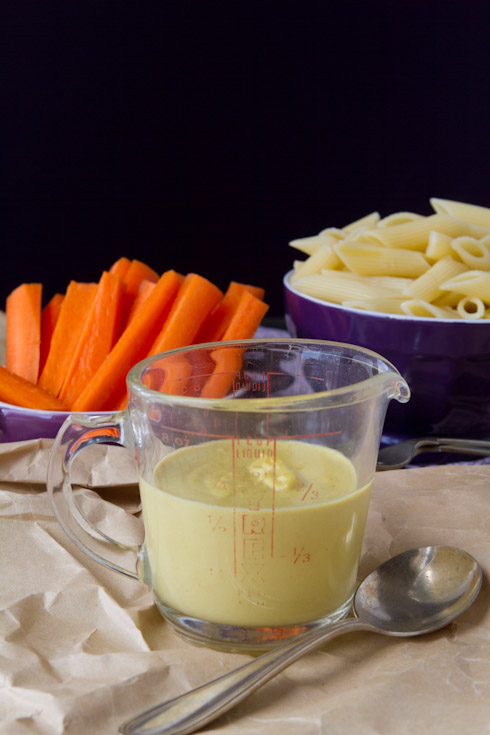 Guest Post: Nut-Free Vegan Cheese Sauce by Leanne of Healthful Pursuit