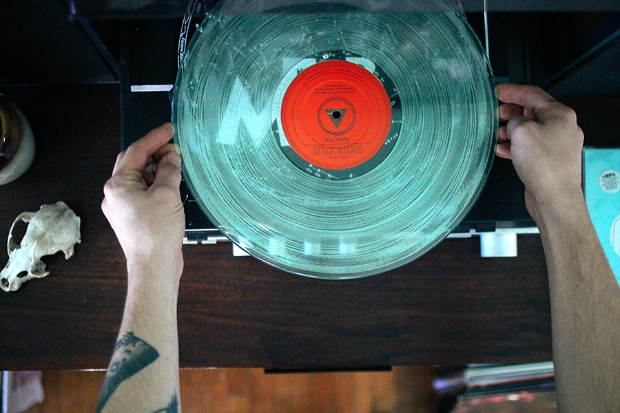 vinyllistening5