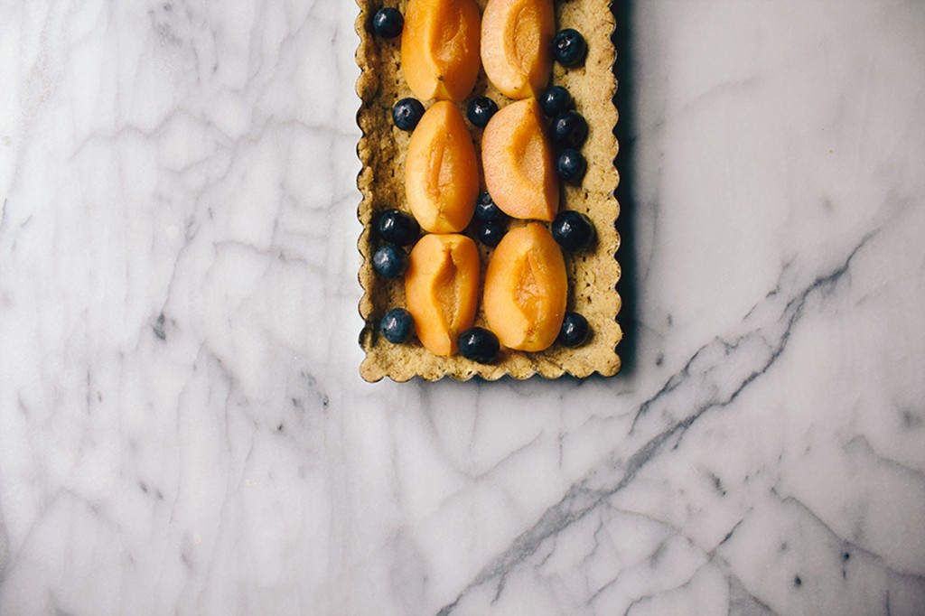 Blueberry Apricot Tart with Pistachio Crust