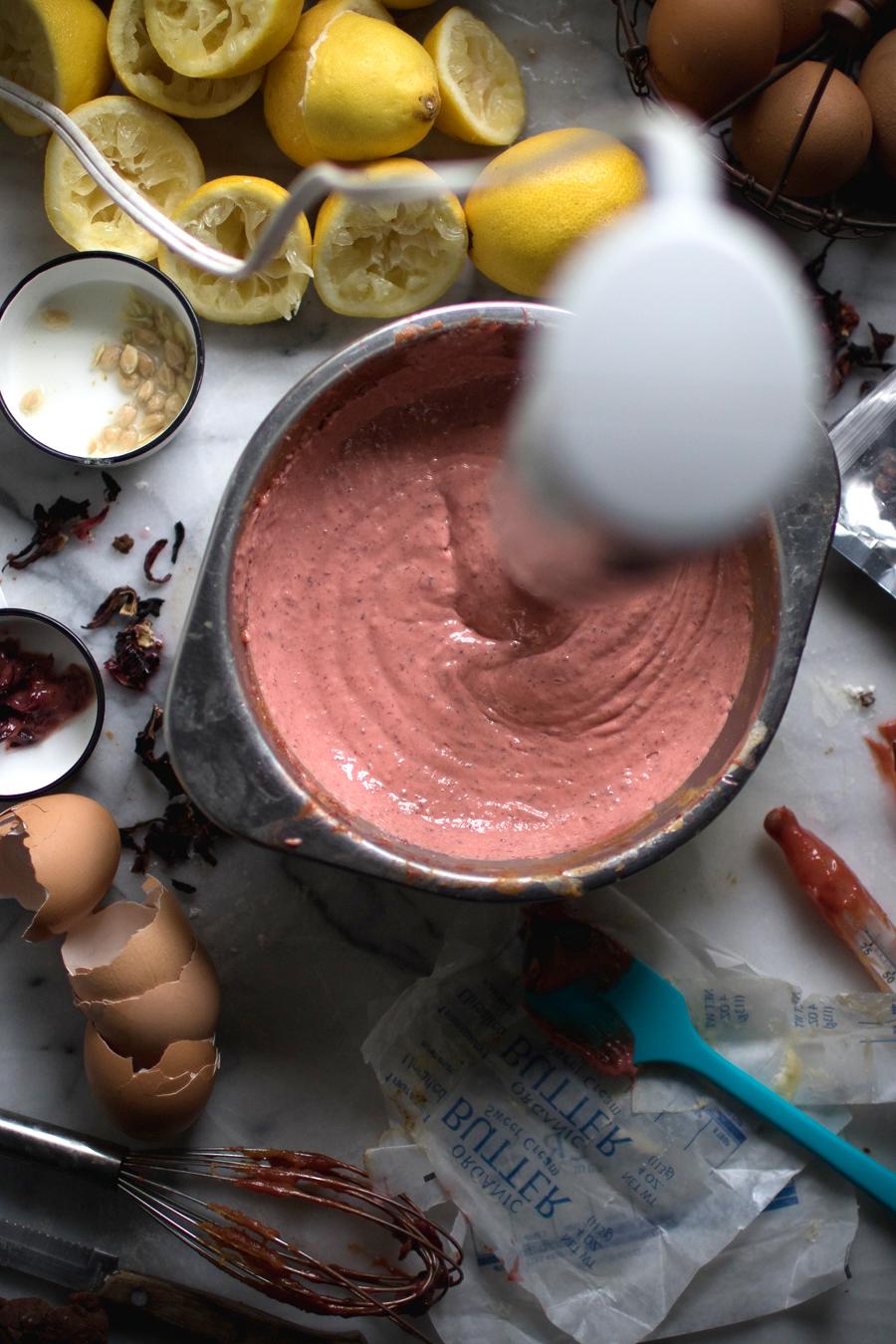 making lemon curd tart filling