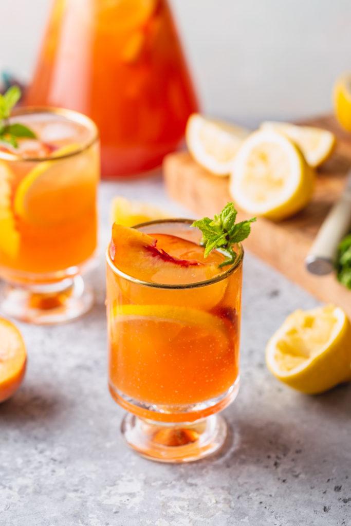 Peach iced Tea Lemonade in two glasses