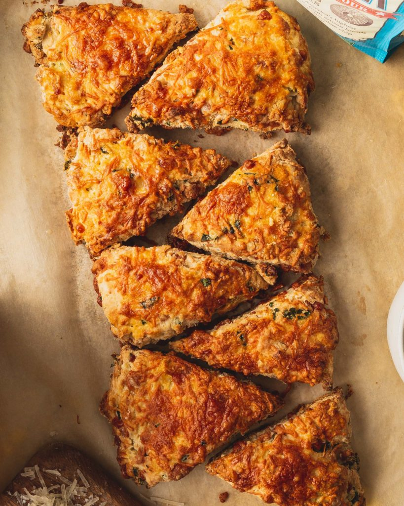 Cheesy Kale Scones with Manchego
