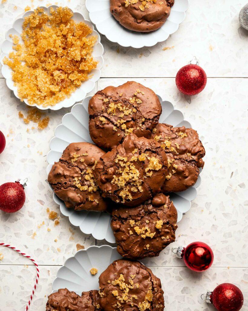tray of brownie cookies